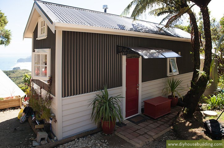Blog tiny house living in nz for Best small house designs nz